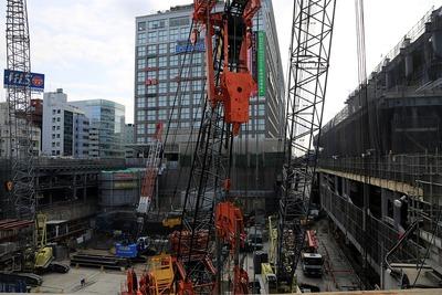新宿駅南口地区基盤整備事業 新宿駅新南口開発ビル