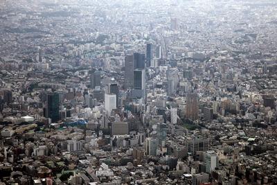 渋谷の超高層ビル群の空撮