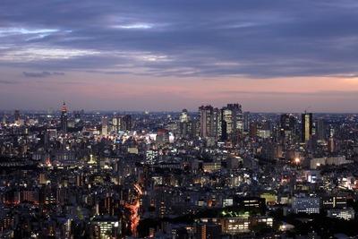 新宿超高層ビル群の夜景