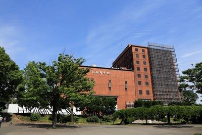 日本青年館の解体工事