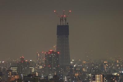 高さ205mになった東京スカイツリーの夜景