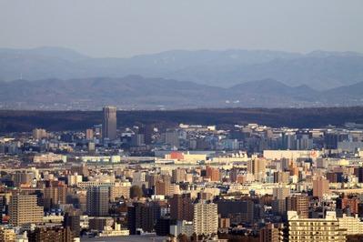 円山から新札幌方面の眺め