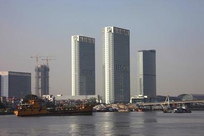 広州国際会議展覧センター周辺の超高層ビル