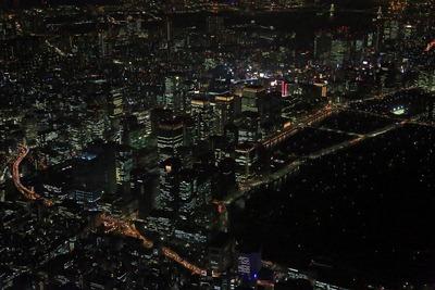 東京駅方面のヘリ空撮夜景