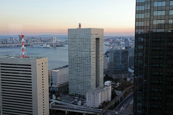 世界貿易センタービルから見た東芝ビルディング