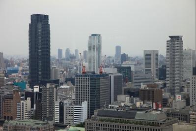 大阪駅前第三ビルから北浜タワー
