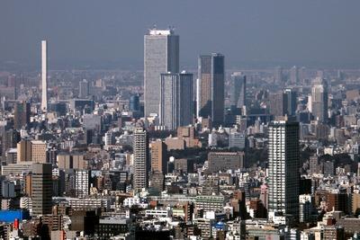 六本木ヒルズから見た池袋の超高層ビル群