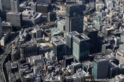 日本橋室町一丁目地区方面の空撮