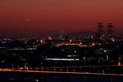 横浜ランドマークタワー方面の夕景