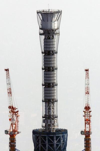 東京スカイツリーのゲイン塔部分の空撮