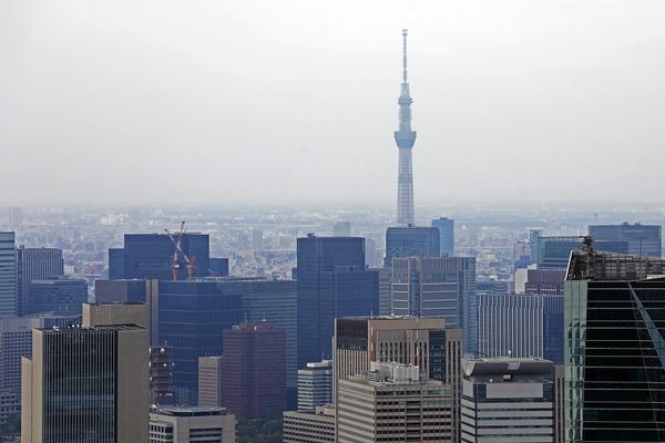 東京駅方面の超高層ビル群