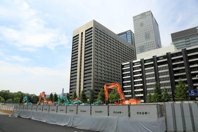 三菱東京UFJ銀行大手町ビル 解体工事