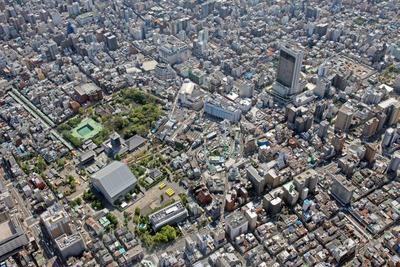 浅草寺と浅草タワーの建設地の空撮