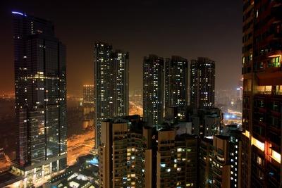 香港の凱旋門(The Arch)からの夜景