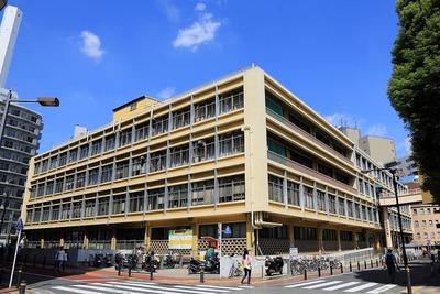 豊島区庁舎