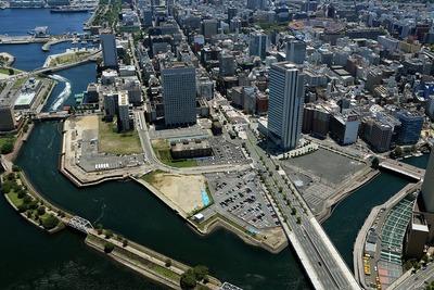 横浜ランドマークタワーから見た北仲通北再開発等促進地区地区計画
