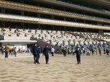 警察、東京競馬場