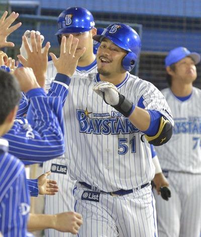 【朗報】DeNA宮崎「個人成績はどうでもいい。無死二塁の場面が4打席回ってきたら全部二ゴロ狙う」