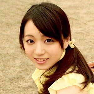 西あかね(22)