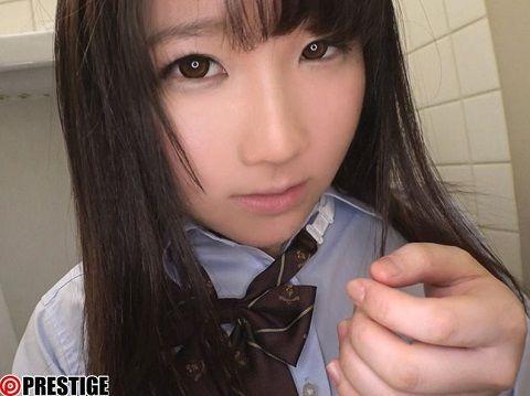 【最新作】制服の中のE 和葉 24