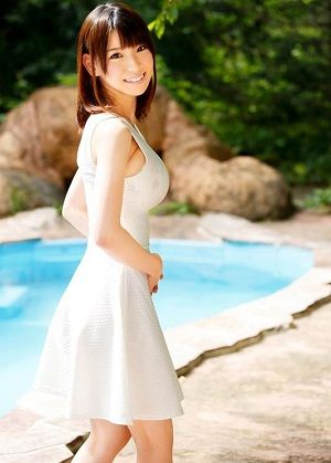 E-BODY専属デビュー'出産後も美ボディ健在'元グラドル母乳若妻 小椋かをり27歳AV解禁