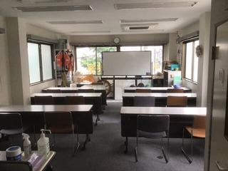 202005誰もいない教室
