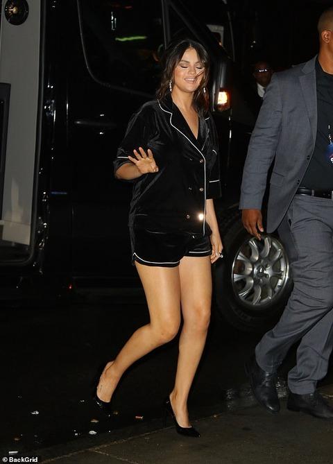 【むっちり美脚を披露…!?】セレーナ・ゴメスが主演映画のアフターパーティーにお出かけ!Selena Gomez steps out for after-party of The Dead Don't Die premiere