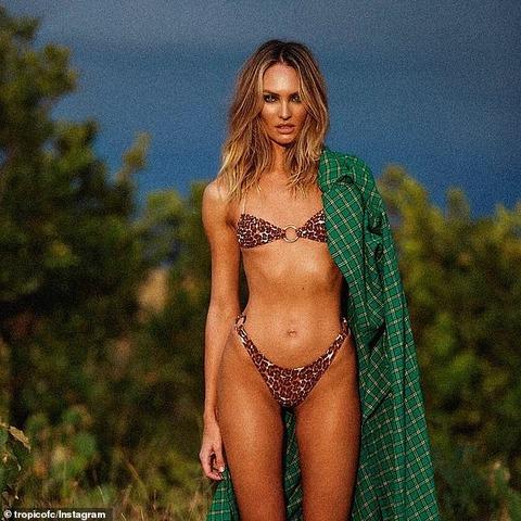 【すんごい美ヒップ…!?】キャンディス・スワンポールが南アフリカでビキニショット!Candice Swanepoel in leopard-print string bikini