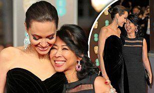 【美しさに磨きがかかった…!?】アンジェリーナ・ジョリーがBAFTAアワードのレッドカーペットに登場! Angelina Jolie on the BAFTAs red carpet