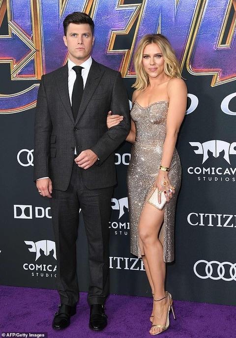 【背中のタトゥーが迫力…!?】スカーレット・ヨハンソンが恋人のコリン・ジョストと映画「アベンジャーズ/エンドゲーム」のプレミアに登場!Scarlett Johansson at Avengers: Endgame premiere