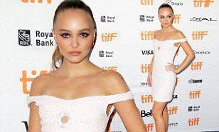 【脚が少し細くなった…!?】リリー・ローズ・デップがトロント国際映画祭に登場!Lily-Rose Depp at new film's premiere
