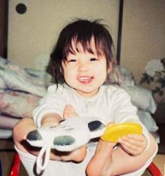 橋本環奈、幼少時代の写真にネット騒然「こんな可愛い子存在するんだ」