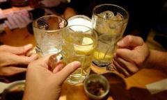 30代女性「後悔してる。コロナの怖さをみんなに知ってほしい」4月上旬に大混雑のバーで会食・飲酒・感染