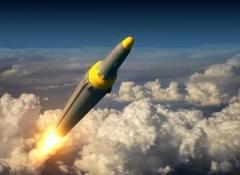 北朝鮮「新型ミサイル試射」も、正恩氏は「視察せず」