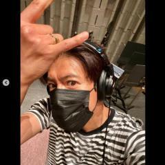 木村拓哉、レコーディング中の自撮りにネット騒然「生え際が…」