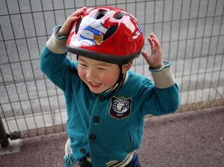 ヘルメットしてるの