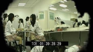 【悲報】 AKB48のスタッフがメンバーの着替えやシャワー、トイレなどを盗撮した大量の動画や画像が流出
