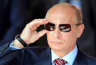 【画像】 プーチン大統領、11日ぶりに公の場に現れる 病気説・死亡説・クーデター説は何だったのか