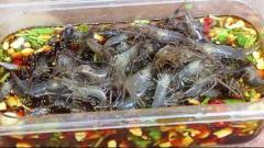 中国で男性の脳内にいっぱいの寄生虫が見つかる 日本料理の流行が一因との報道も…