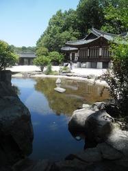 コリア庭園池