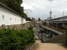 福山城入口から