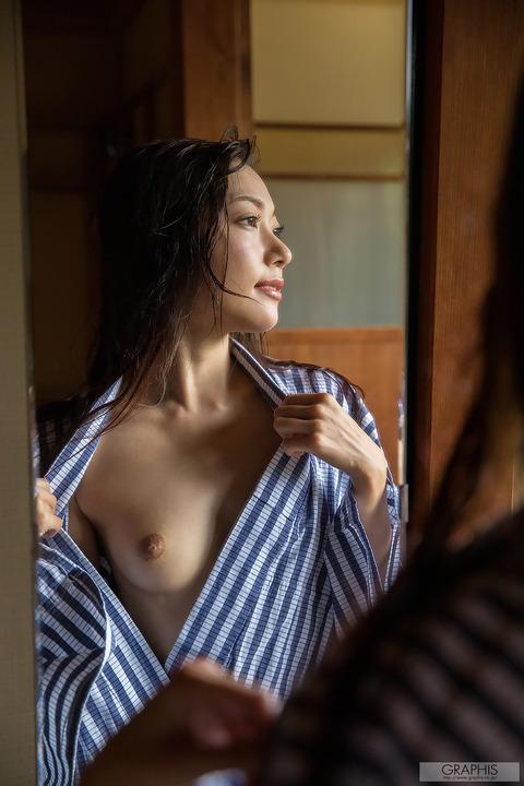 三田羽衣154