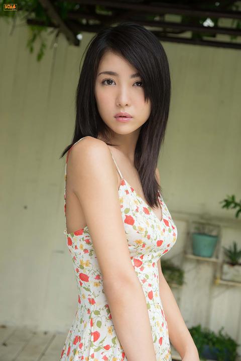 石川恋022022