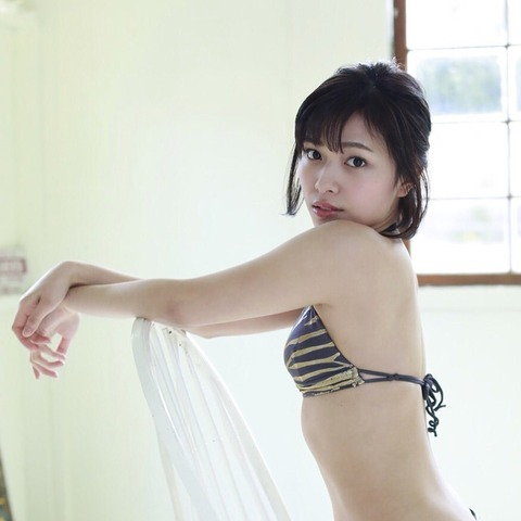 内山愛10