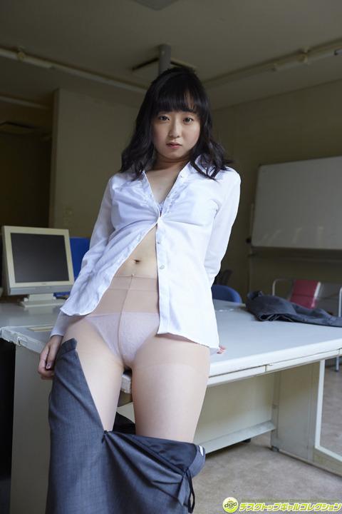 永井すみれ01075