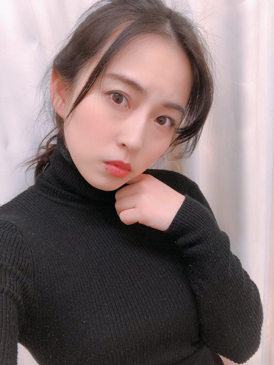 アイドル虎の穴女子アナ時代はノーパンでニュースを読んでいた薄井しお里ちゃんにセクシーグラビア画像!コメントコメントする                bookedaura