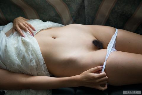 三田羽衣018