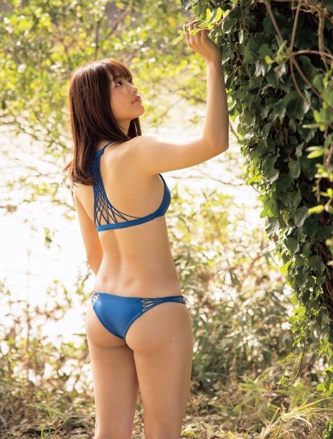 石田桃香16