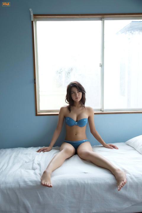 石川恋010225