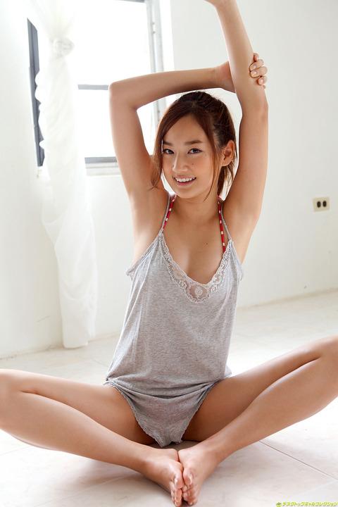 高嶋香帆051602